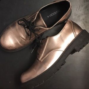 Shoes - HM rose gold chunky shoes